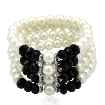 Bracelet fashion crystals and pearls